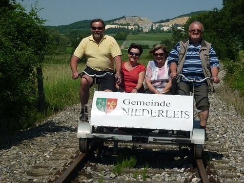 Fota ze zájezdu na šlapací drezíny do Rakouska